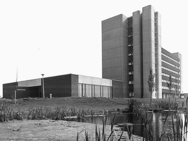 geodesy building of the Delft University of Technology. The observation platform, with the permanent EUREF station is located on top of the tower. The viewing direction is South-East.