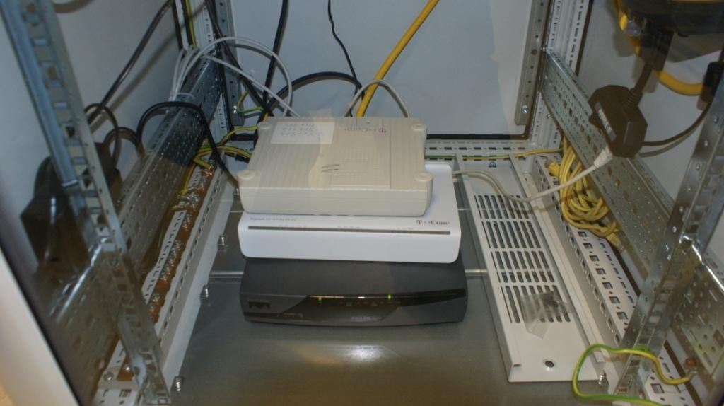 CISCO router, modem, ISDN