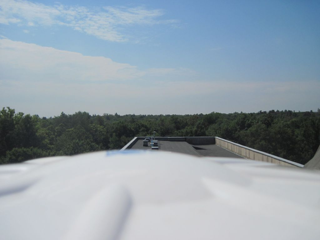 The TRM115000.00 antenna, view to the south.