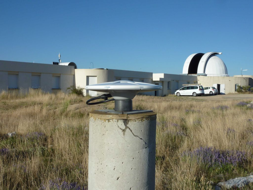 antenna No Radome