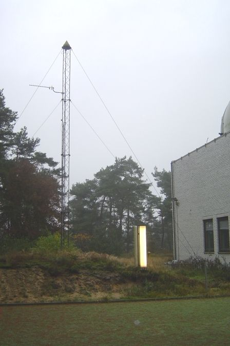 GPS antenna mast in 2004 at the Kootwijk Observatory for Satellite Geodesy.