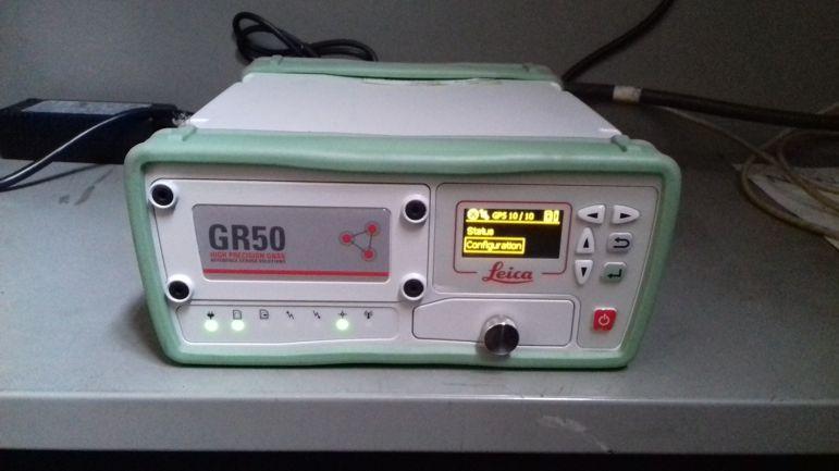 GPS Receiver: LEICA GR50