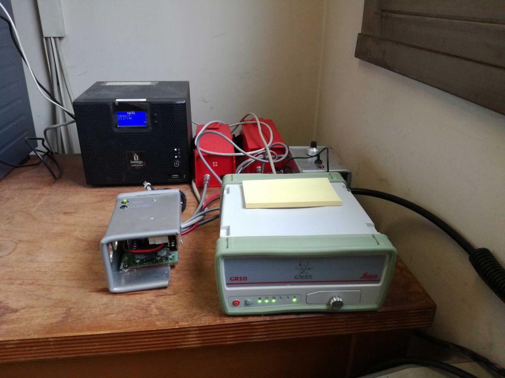 LEICA GR10 receiver