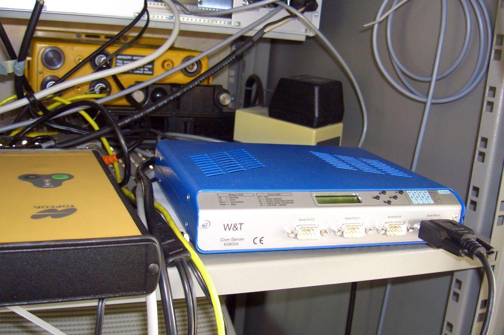 JPS LEGACY receiver and Com server.