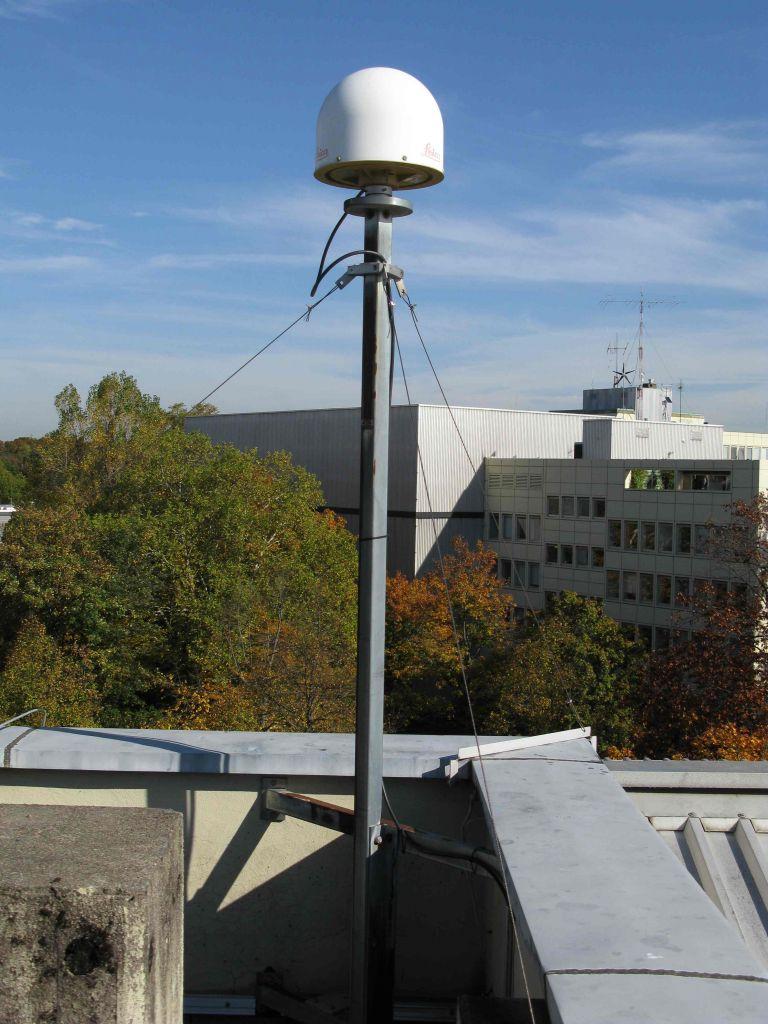 LEIAR25.R4/LEIT antenna (East direction)