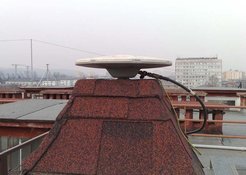 antenna west view.