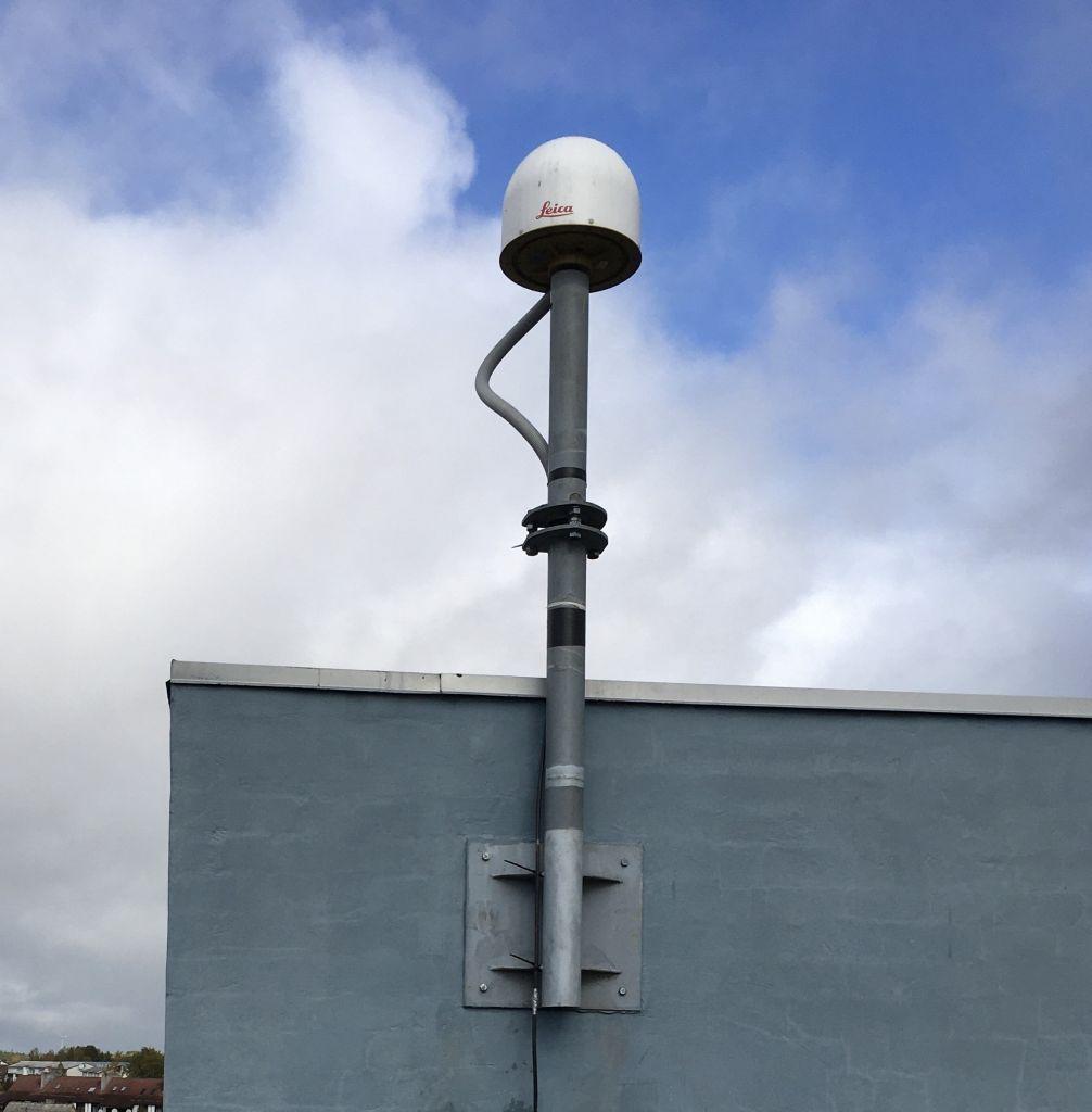 Antenna monumentation.