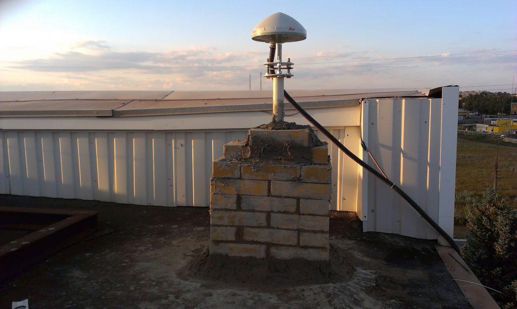 The LEIAR10 antenna.