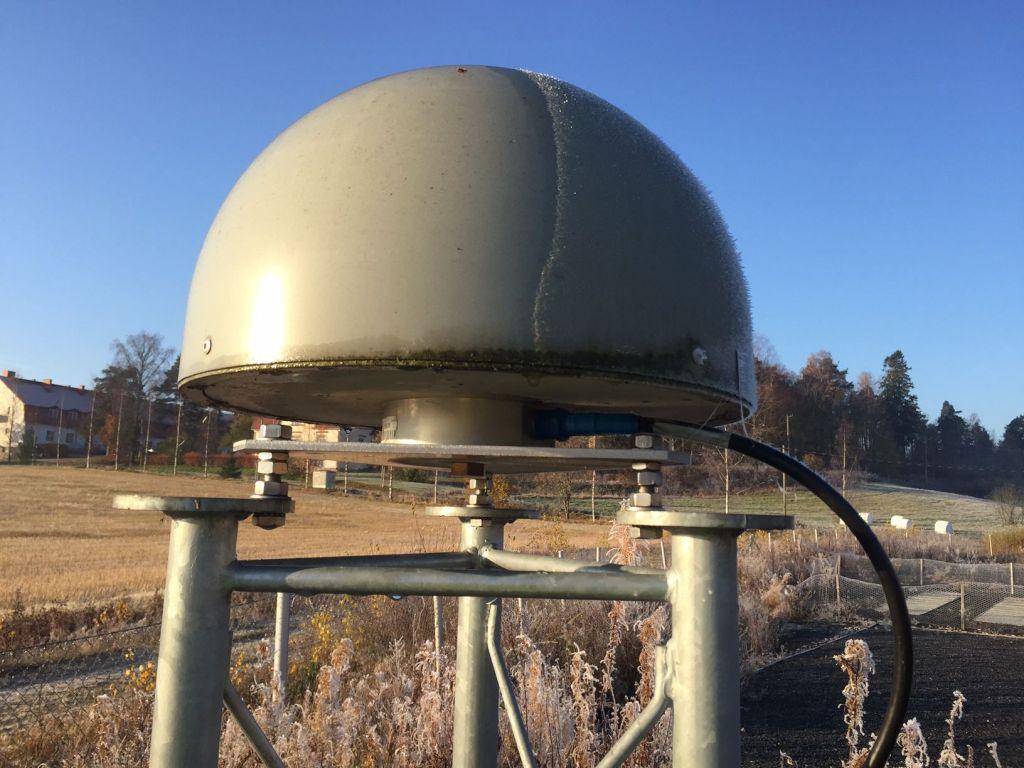 Antenna view (under radome)