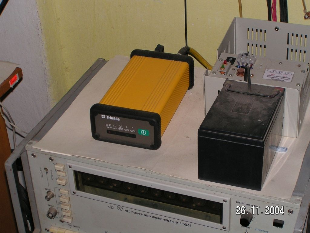 TRIMBLE 4700 receiver.