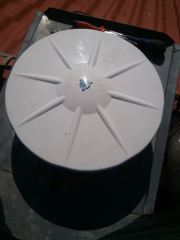 Close shot of new GNSS antenna Zephyr 3 Geodetic TRM115000.00 in NPAZ without radome
