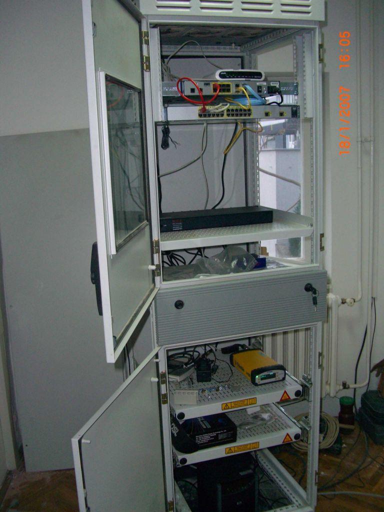 GNSS Receiver Trimble NetR5 and communication centre.