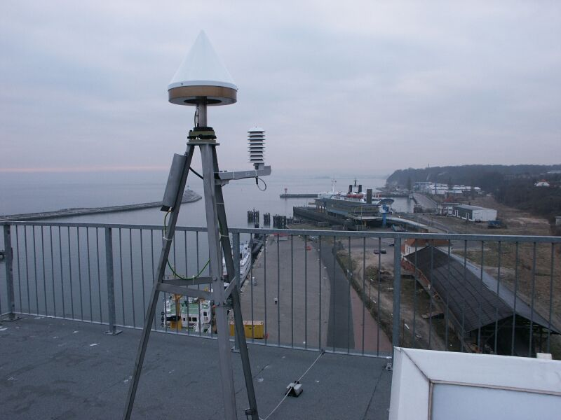 antenna and meteorological instrument (SW direction).