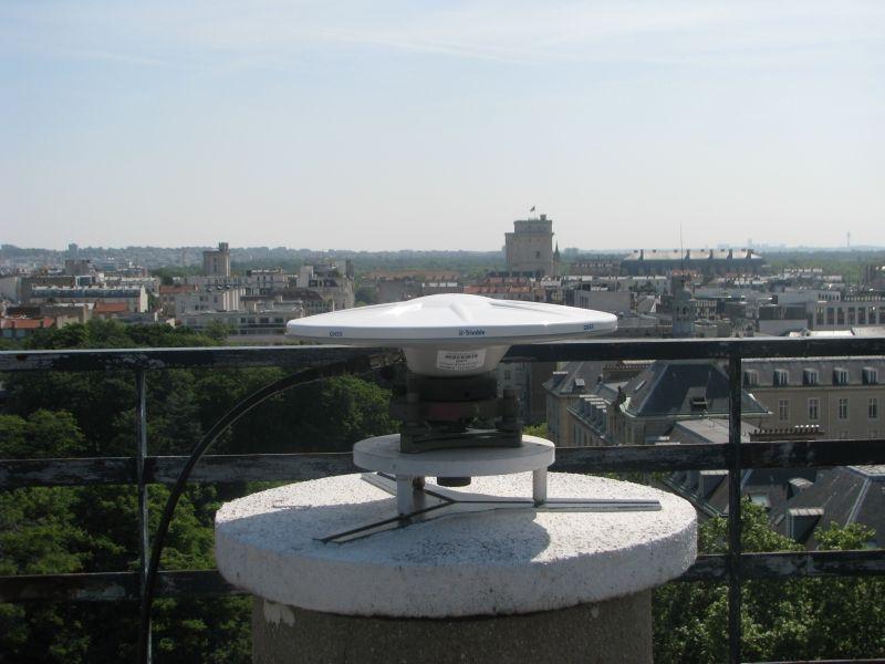 close antenna view.