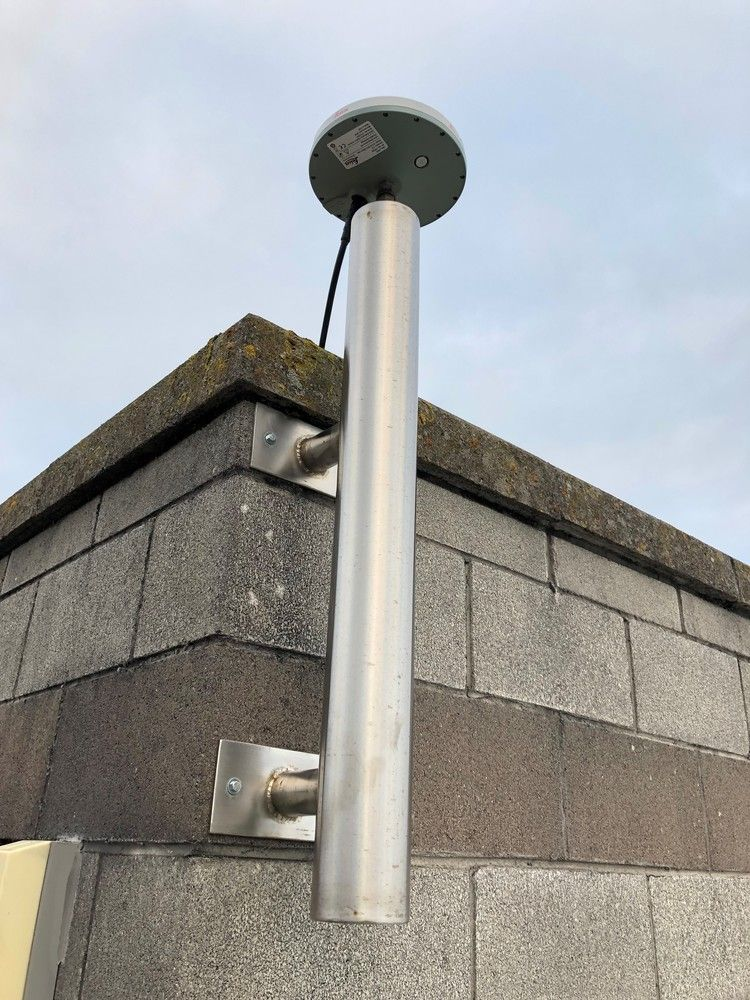 Site location Tallaght IT, Dublin, Ireland. Stainless steel tube mounted on side wall of building.Installed Aug 2017 to replace TLLGAntenna type: AR10