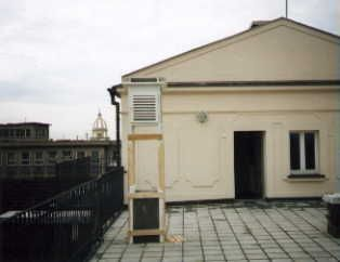 "meteorological chamber on roof of building ""B""."