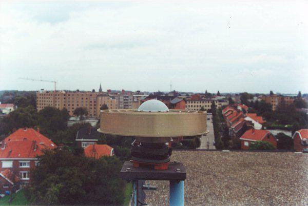 ASH701945E_M antenna without radome
