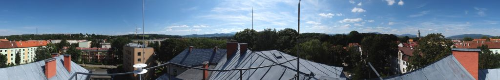 Panoramic view from the position of the reference station antenna.
