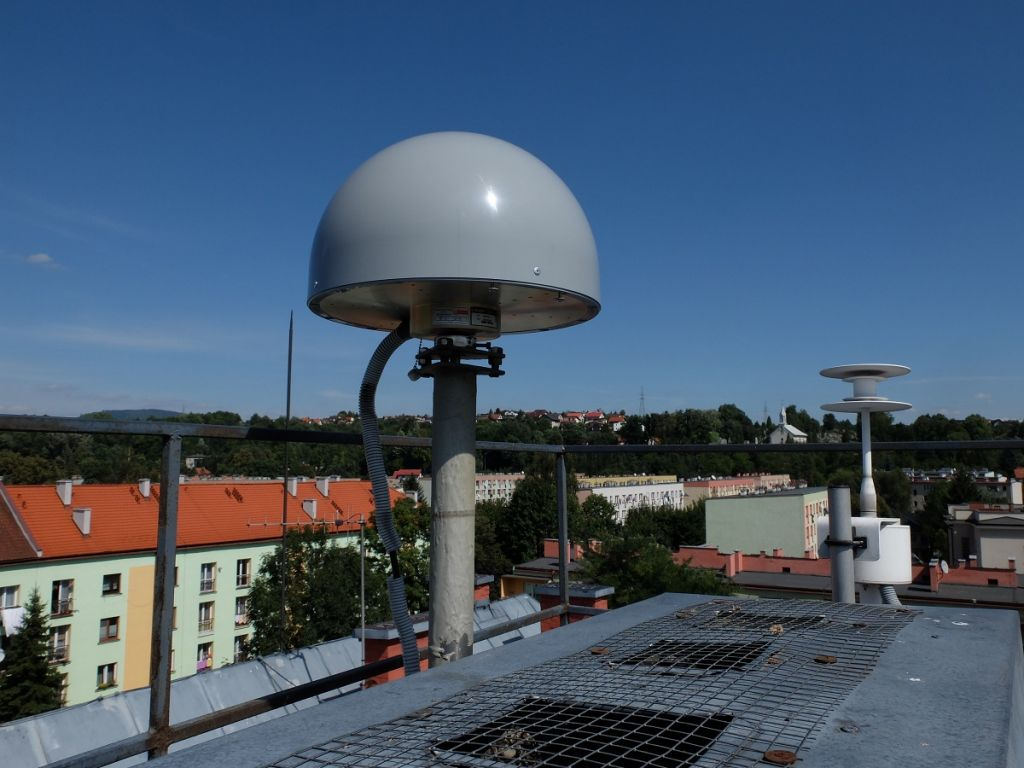 Mast of the TRM59900.00 SCIS antenna